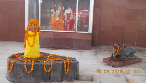 Garbhgrih of Vishalanath Temple